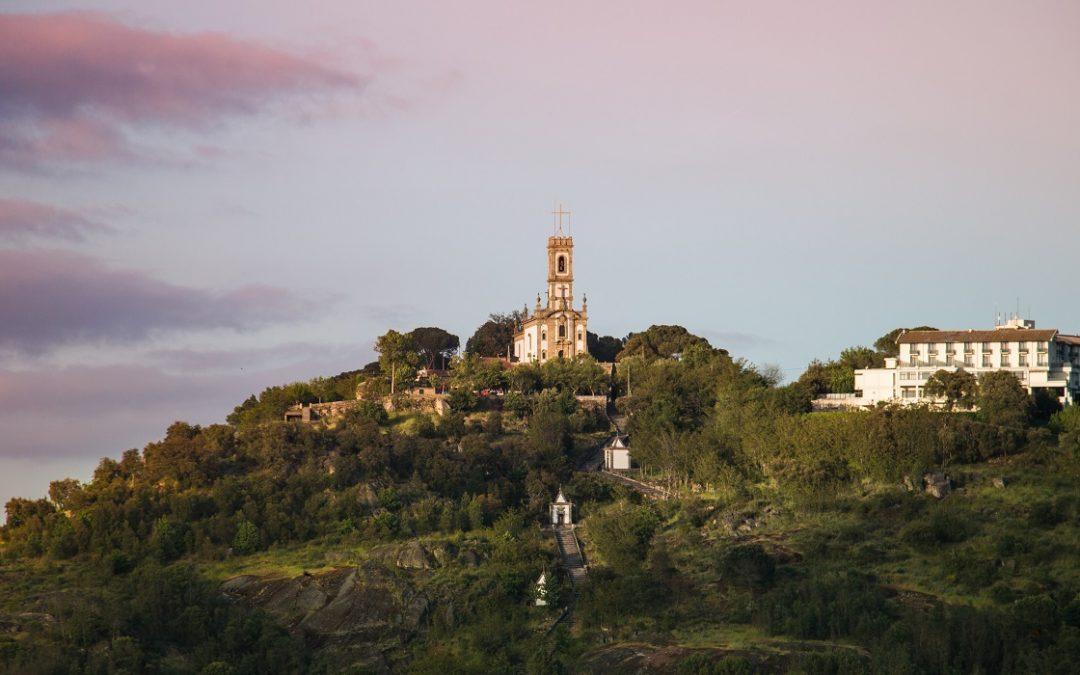 Tributo de saudade a Mangualde e às festas da Nossa Senhora do Castelo, a ocorrerem agora a 7 e 8 de Setembro …