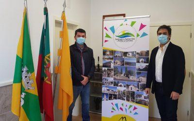 Junta de Freguesia de Mangualde ajuda Junta de Santiago com 4000€
