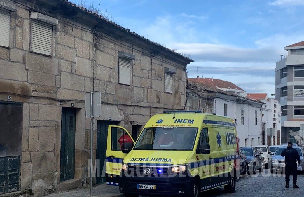 Homem encontrado morto em casa abandonada